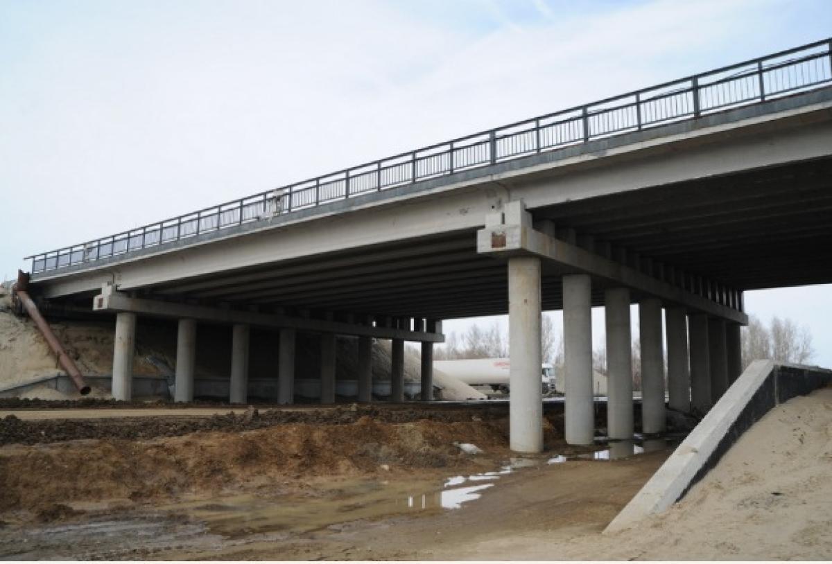отличного жилого фото мостов через реку чумыш очередном очерке автор